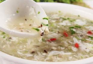 西湖牛肉羹(牛肉とクレソンと卵白のとろみスープ)
