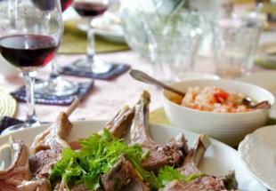 骨付きラムと根野菜のポトフ(手抓肉)