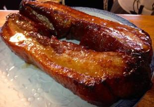 絶品のオープン焼き豚のスペアリブと焼きチャーシュー