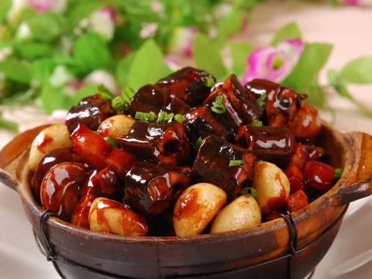 鱔筒茄子煲(田うなぎと茄子醤油煮込み)